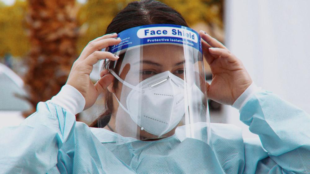 Снижение случаев коронавируса в России отметили в ВОЗ