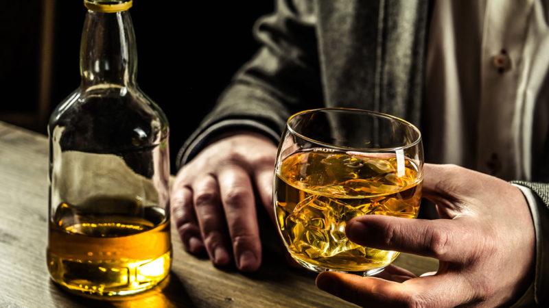 Врачи не советуют россиянам смешивать спиртные напитки