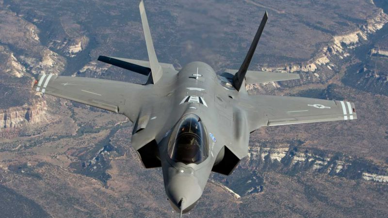 Американские ВВС совершили «слоновью прогулку» у границы с Россией