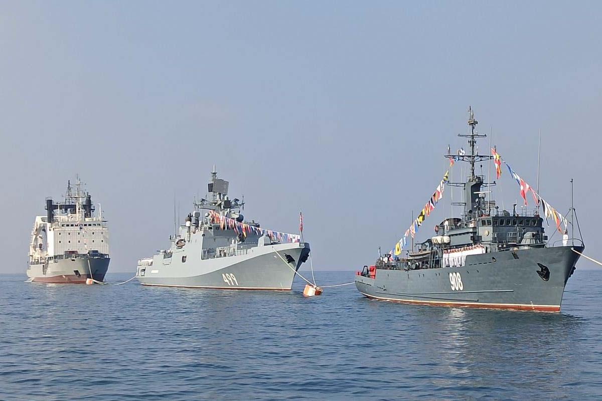 Российские корабли примут участие в совместных учениях с НАТО
