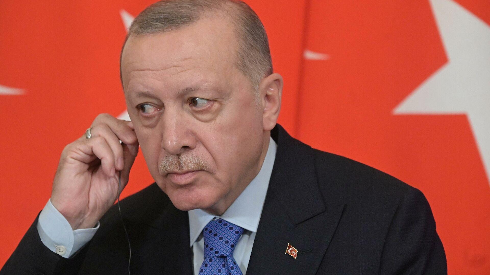 Эрдоган отказался пользоваться WhatsApp
