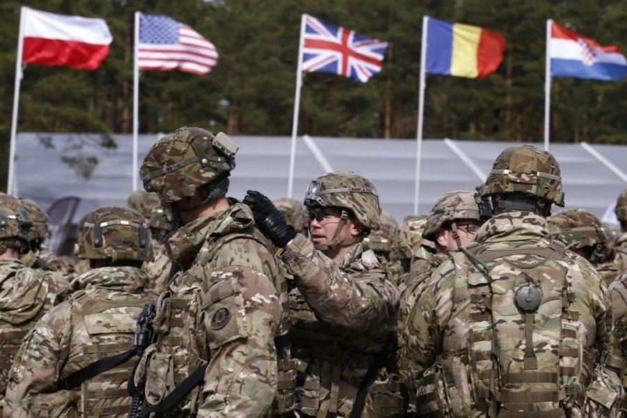НАТО хочет «ударить русских в уязвимое место»