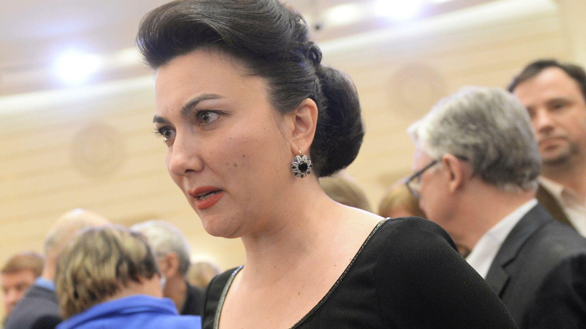 Министр культуры Крыма выругалась матом на заседании правительства