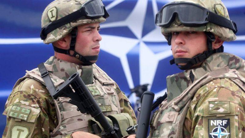 Эксперт рассказал о планах НАТО сокрушить Россию