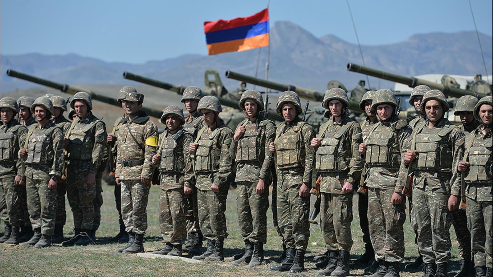 В Армении могут снова ввести военное положение