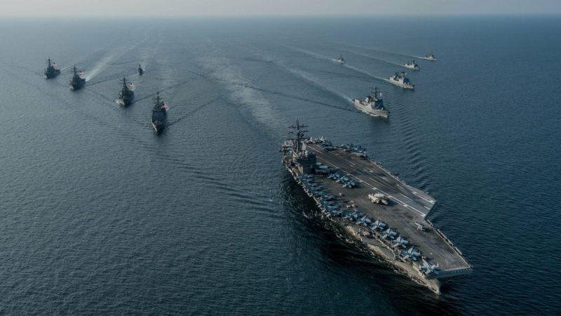 Россия проводит в Тихом океане крупные морские учения