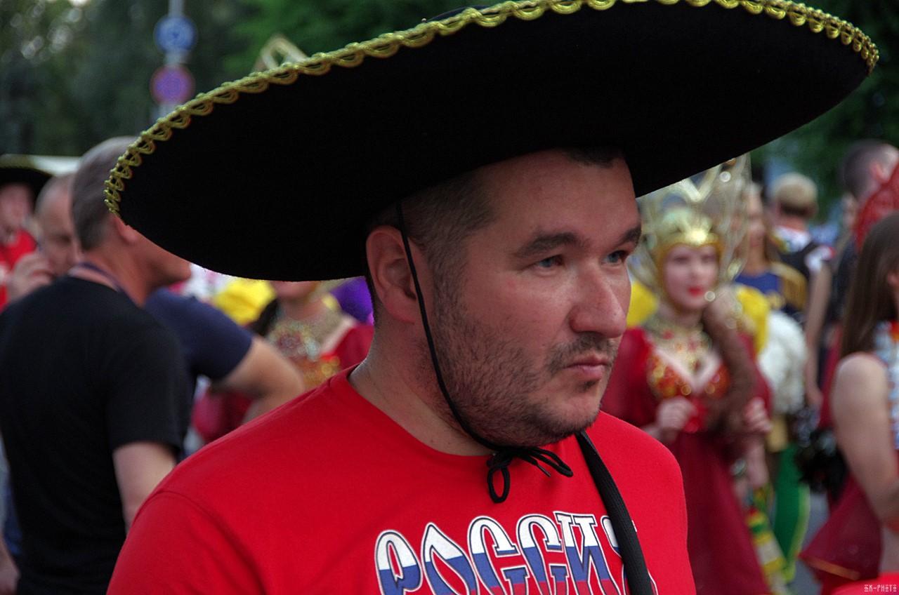 В Гидрометцентре призвали россиян носить сомбреро