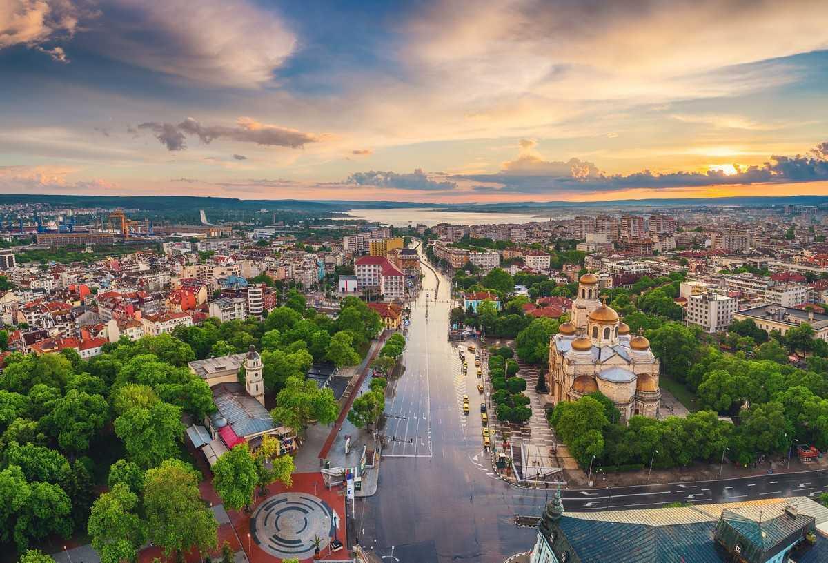 Болгария изменила правила въезда привитых россиян