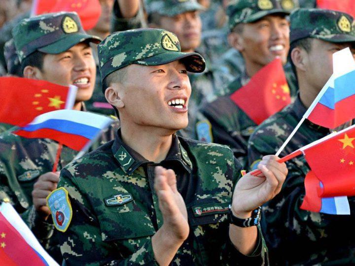 Россия и Китай в августе проведут совместные учения