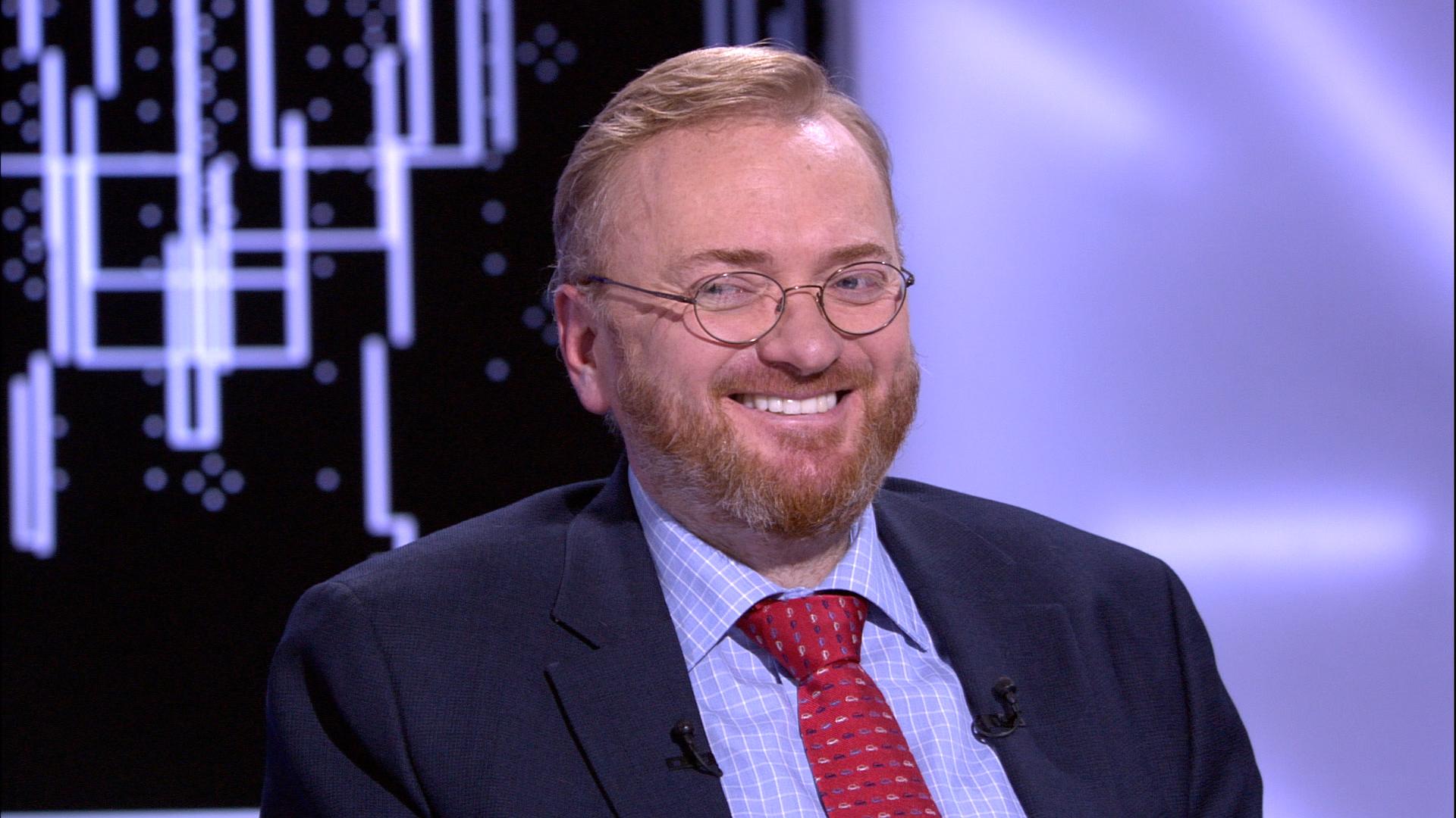 Милонов предложил ввести наказание за откровенные наряды