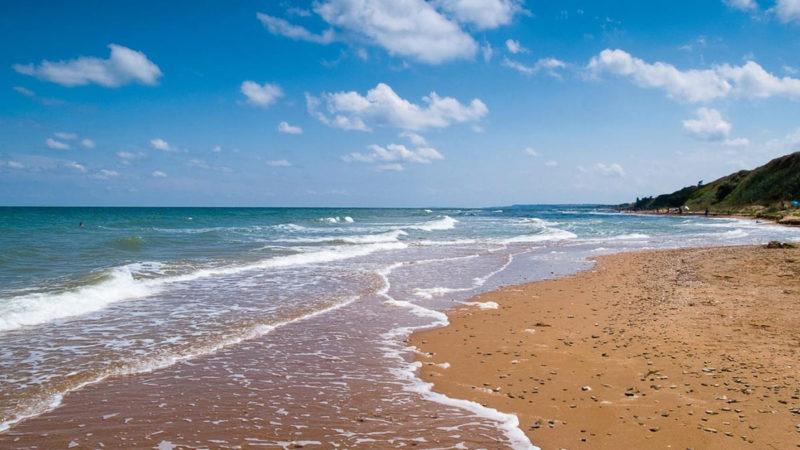 Под Азовским морем начали добывать воду для Крыма