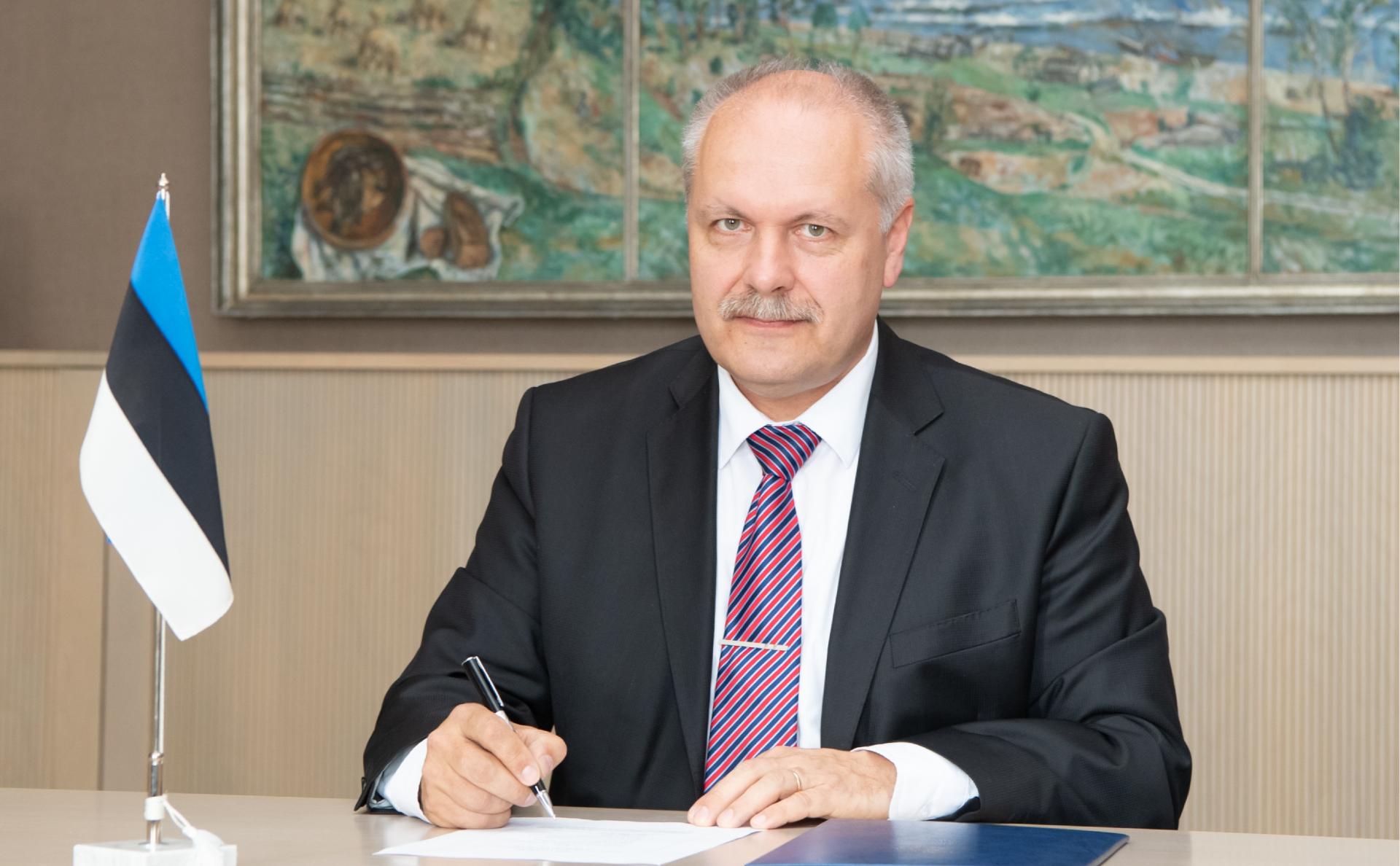Эстонский кандидат в президенты потребовал часть российской территории