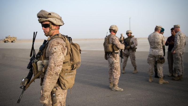 В Афганистане остались не менее 200 американцев