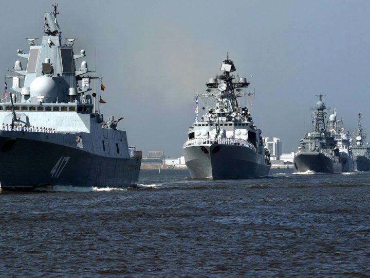 Российский флот пополнят семь боевых кораблей