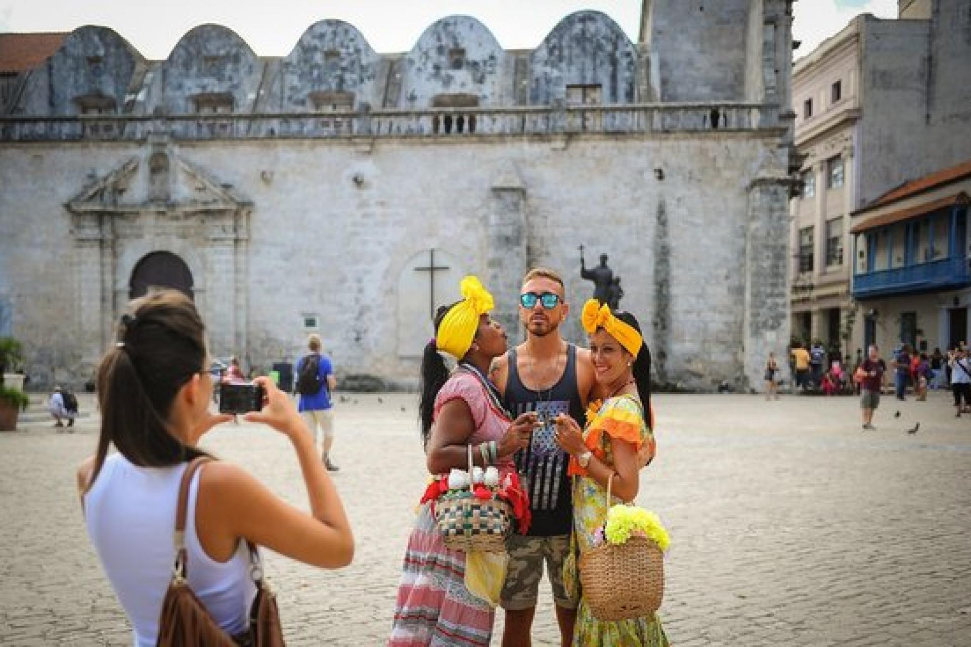 Куба отменит все ограничения для туристов из России